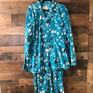 Other - Jammie's for The Family Fleece Penguin Pajamas